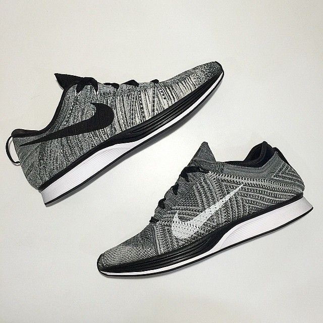 Nike Running continues it's Oreo themed Flyknits followingthe 2.0release a few weeks back. Seen here are two upcoming Flyknit releases featuring a different knit pattern on the uppers, ...